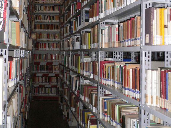 Library © Fondazione Istituto Gramsci